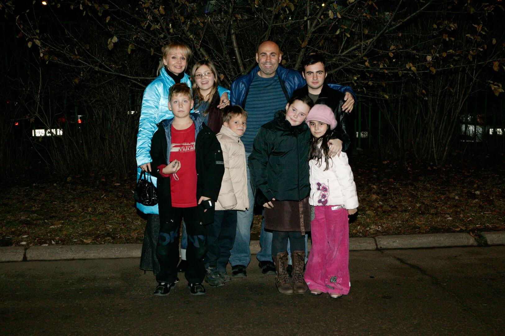 Фото семьи с детьми валерии